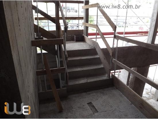 Corrimão Provisório de Escada