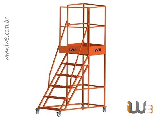 Escada Tipo Plataforma com Rodas